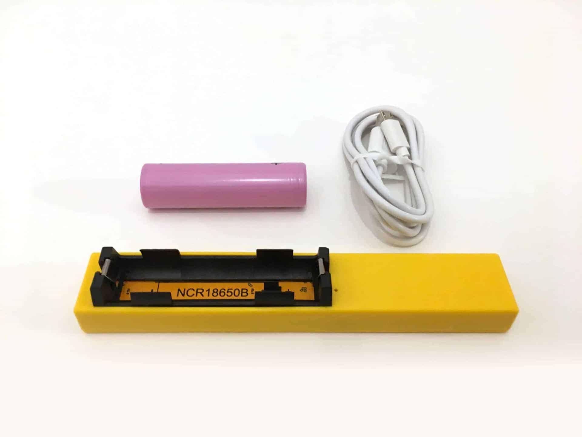 kit antifurto con batteria cavetto di ricarica specifico per le arnie